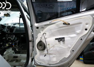 Fiat Bravo wygłuszenie i audio-0083